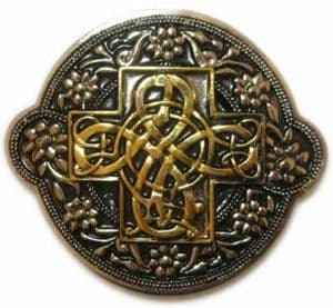 Gold & Silver Plated Celtic Floral Design Belt Buckle with display stand. Code AD5