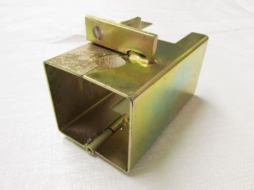 Towing Trailer Hitch Lock - In-Motion Caravan Driving Coupler Cover